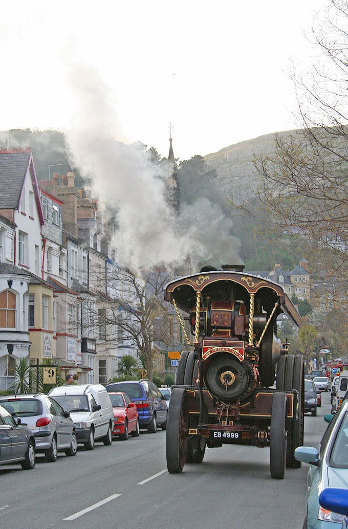 an image of Steam traction engine