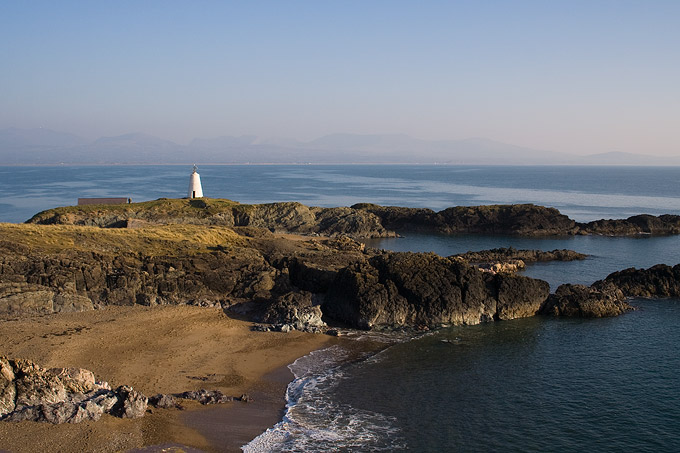 an image of Newborough Lighthouse